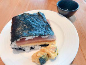 自助式早餐中的沖繩美食