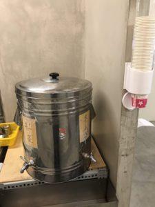 芳華火鍋公司:自助飲料區