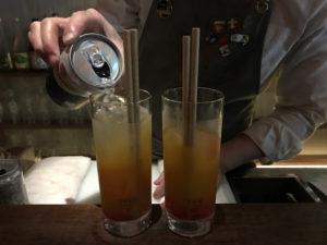 小島茶酒的吧台