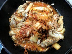 泡菜炒雞肉