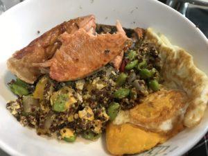 藜麥毛豆加鮭魚